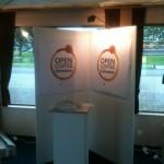 Open Coffee Schiedam-stand tijdens opbouw
